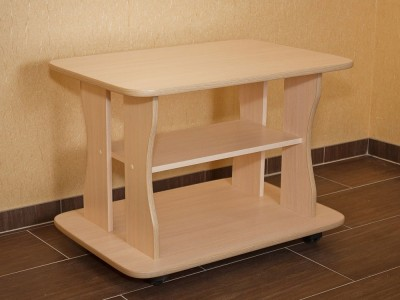 Кухонный стол с полкой на заказ в Саратове